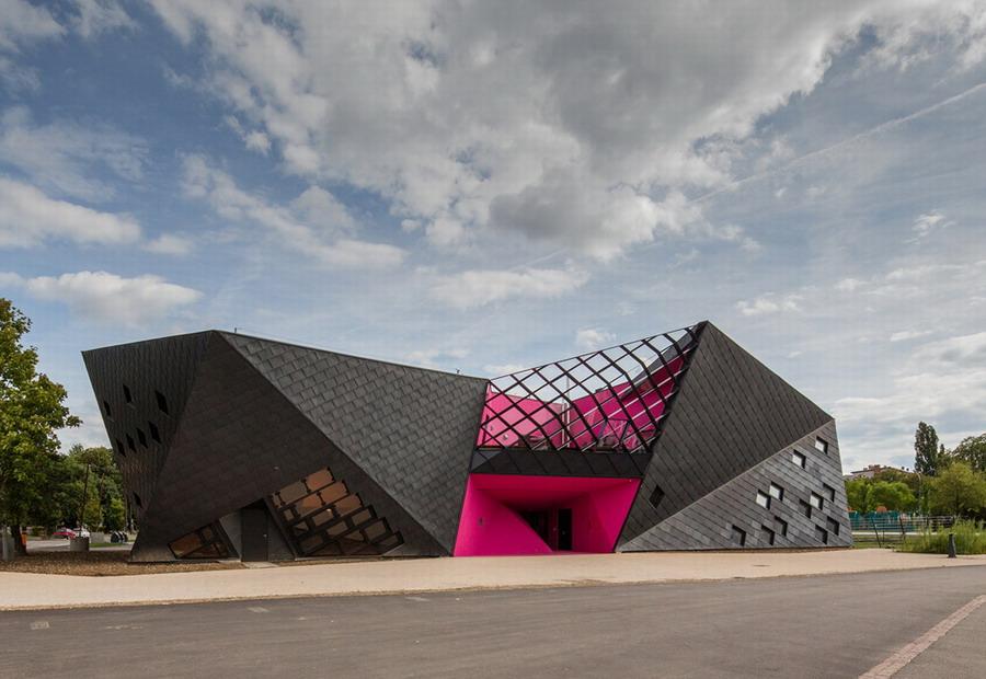 Социокультурный центр в Мюлузе (21 фото)