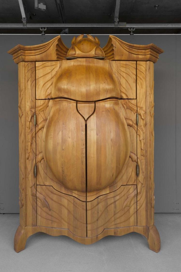 Креативный шкаф 'ЖУК' от латвийского дизайнера