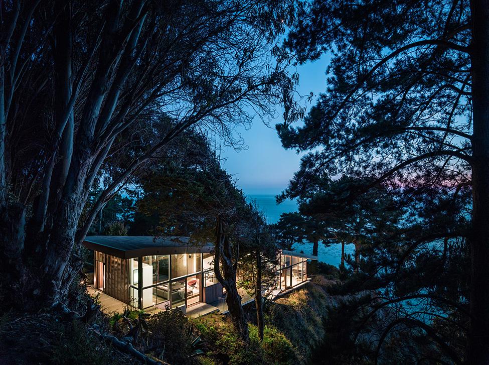 Дизайн современного загородного дома JFR от студии Fougeron